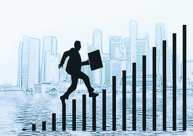 negocios-silueta-crecimiento-escalera-zoho-sagitaz