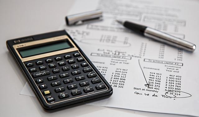 calculadora-contabilidad-zoho-books-sagitaz
