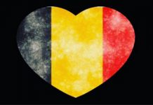 corazon pintado bruselas con fondo negro