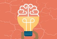 dibujo de una mano cogiendo una bombilla con forma de cerebro y el logo de zoho projects