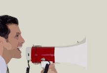 hombre dibujado sobre fondo beige hablando con un altavoz blanco y rojo
